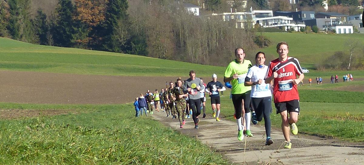 frauenfelder2016-halbmarathon_start_wil_jan_1200